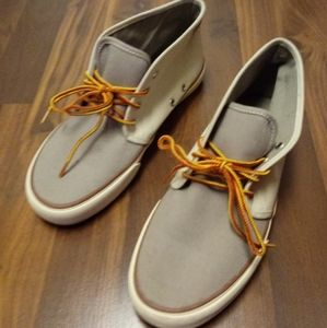 AMERICAN EAGLE OUTFITTERS CLASSIC SHOES